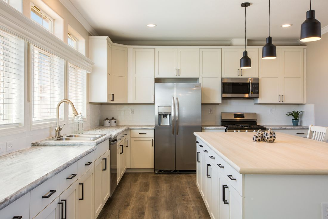 The EDGEWOOD Kitchen. This Manufactured Mobile Home features 3 bedrooms and 2 baths.